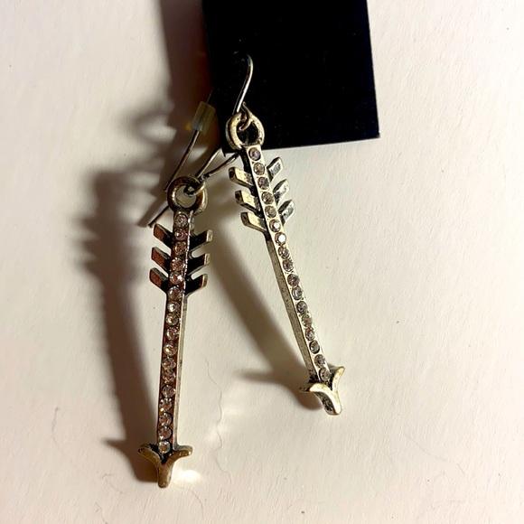 Ardene arrow earrings